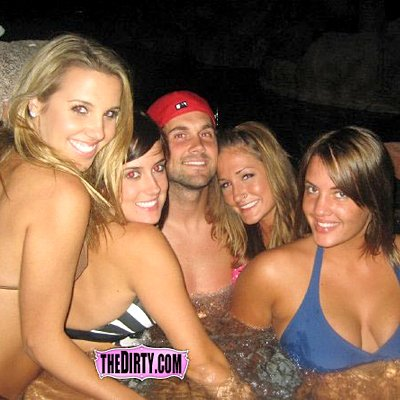 Matt Leinart is seen here doing his part for the team.